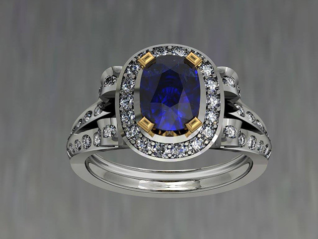 Oval Halo ring with split shank
